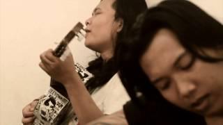 Gambar cover leeyonk sinatra - Tolong Kabarin ( original vidio klip )