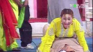 Agha Majid, Akram Udass and Nargis Vicky New Pakistani Stage Drama Full Comedy Funny Clip | Pk Mast