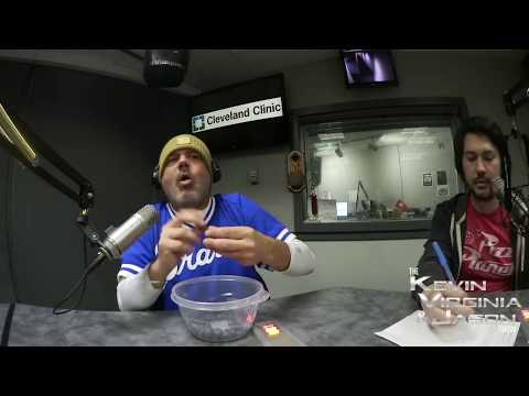 World-Record-Wednesday-Mouth-Full-Of-Blueberries-06-10-2020