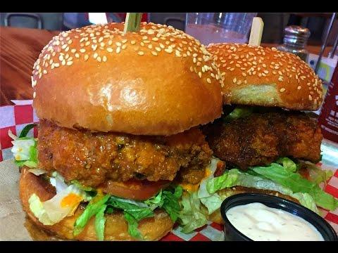 Coop Wicked Chicken Hamilton #Gallivanting | ChrisDeLaRosa.com