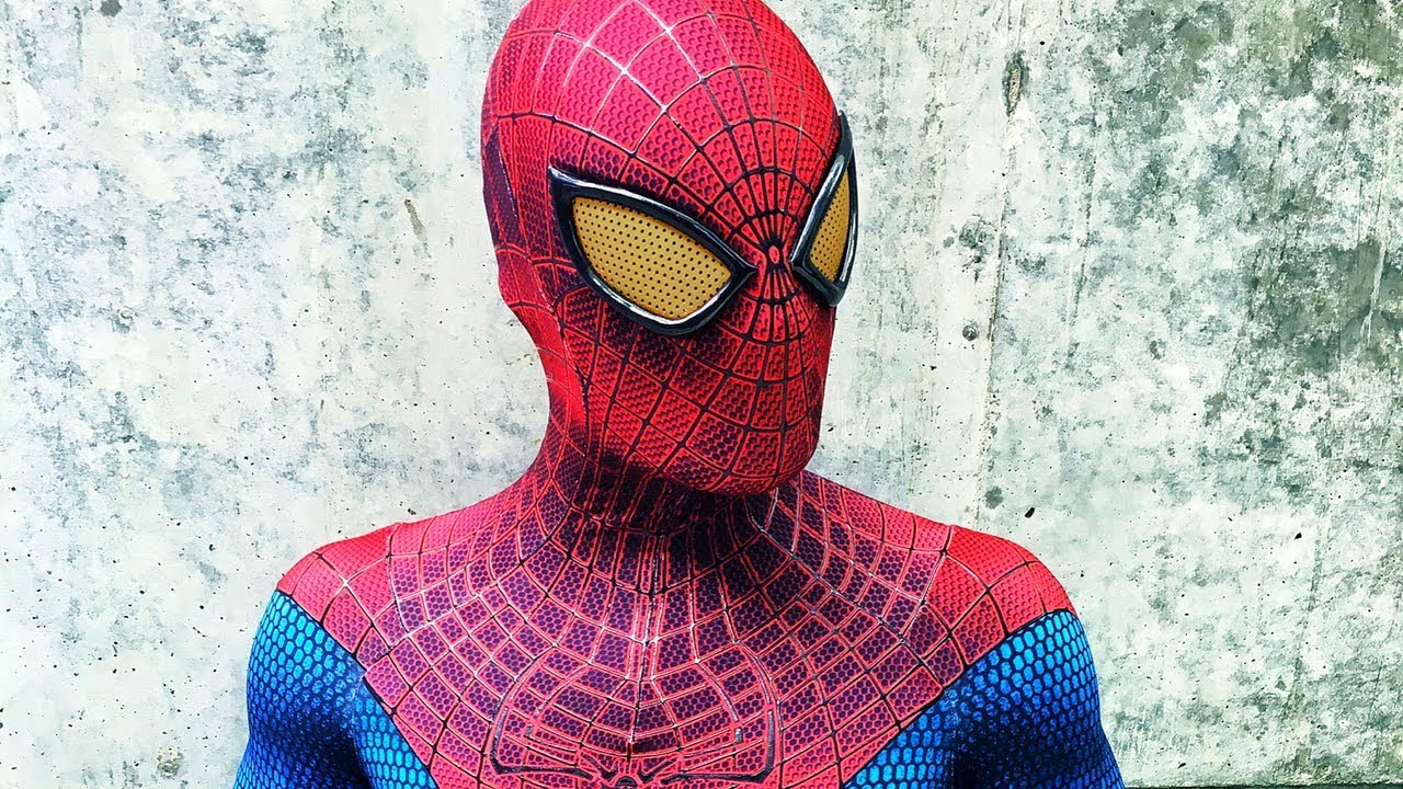 Becoming Spider Man The Amazing Spider Man 1 Costume Youtube