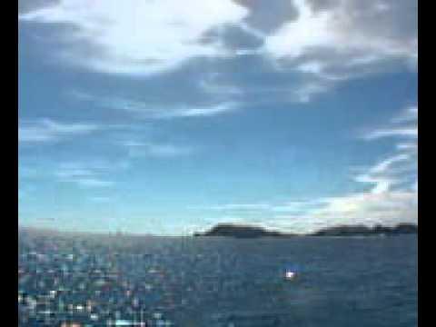 気温31度とまだまだ夏の沖縄です