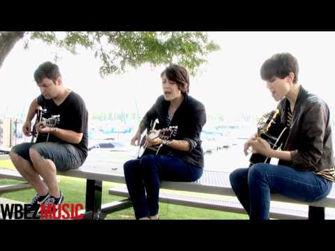 Tegan sara 39 how come you don 39 t want me 39 acoustic at - Living room tegan and sara lyrics ...