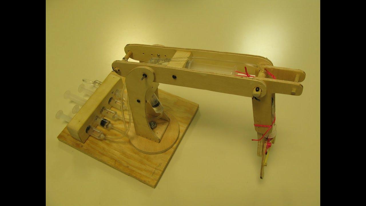 Wood Hydraulic Arm : How to make a hydraulic crane using syringes cool diy