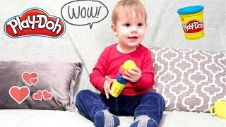 LEO PLAYS WITH PLAYDOH FOR THE FIRST TIME!