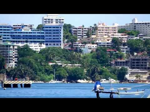 Bahía de Acapulco. Playa Hornos