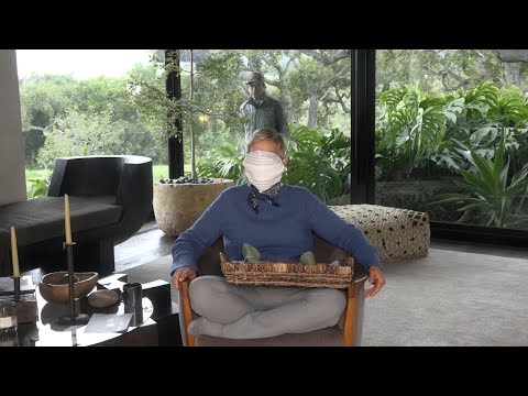 ellen-gives-a-tutorial-on-how-to-make-a-mask-at-home