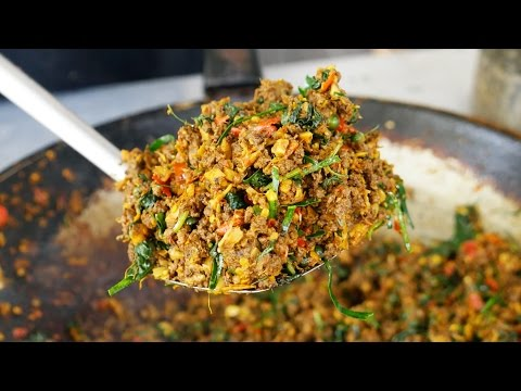 Thai Stir Fry Chili Duck Recipe - One of the SPICIEST Thai Foods! ผัดเผ็ดนกเป็ดน้ำ ความเผ็ดระดับ10