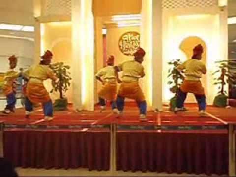 Zapin Bahari by D'Singgah Dance Group..