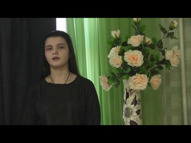 Изображение предпросмотра прочтения – ВикторияАбрамова читает произведение «Я вырос в ленинградскую блокаду» В.С.Высоцкого