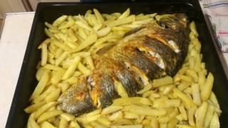 Рыба в духовке. Сыр и картофель.
