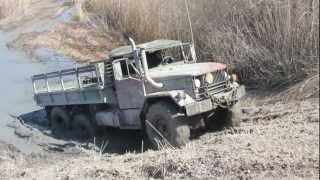 Repeat youtube video 6x6 Army Truck At Oakville Mud Bog