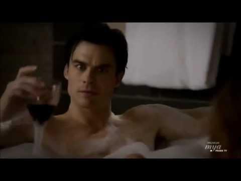 The Vampire Diaries - Seconda Stagione - Damon e Andy nella vasca da bagno