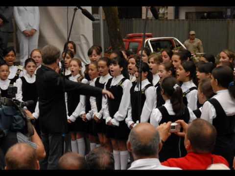 Hino Nacional Brasileiro NATIONAL ANTHEM OF BRAZIL   MENINAS CANTORAS DE PETRÓPOLIS