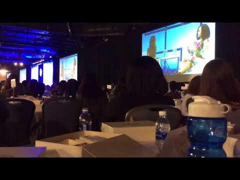 Michelle Obama inspiring 12,000 women