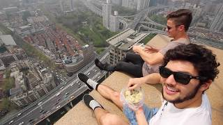 Shanghai Rooftops: Traveling for 20 Dollars a Day [SPECIAL 50 RMB/day EPISODE] - Ep 21