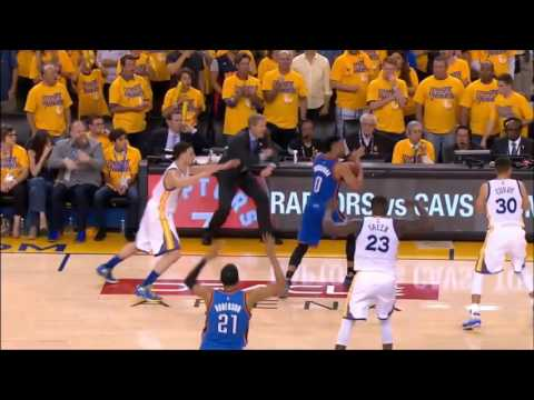 Did Russell Westbrook really travel? Slow Motion