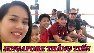 Gambar cover Vlog 171 || HÀNH TRÌNH BAY SANG SINGAPORE CỦA NỬA ĐỘI BÓNG ( On Our Way To Singapore )