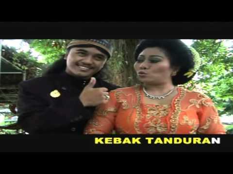 A. Sunyahni & Wahyu Timbul Aji -  Wonogiri Gajah Mungkur