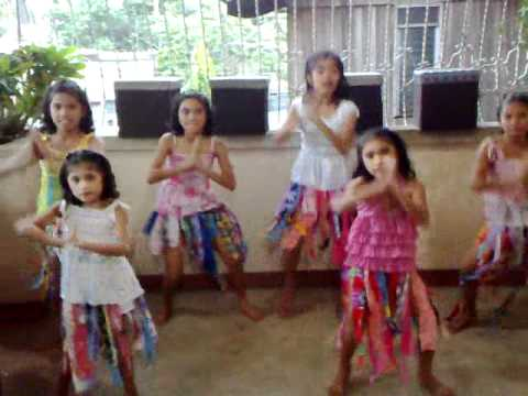 WAKA WAKA by Shakira Performed by FILIPINO KIDS (Best Dance Steps)