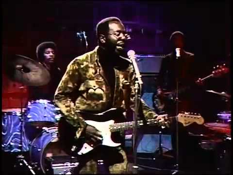 Curtis Mayfield - Keep on keeping on (1972 live)