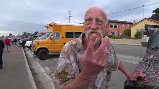 США 5508: Шикарный калифорнийский дед, живущий в разукрашенном автомобиле