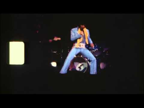 Elvis Presley & Ronnie Tutt in action (on stage @ Madison Square Garden 1972)