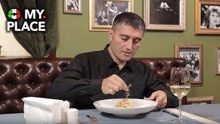 Гость из Италии пробует итальянские блюда в России!