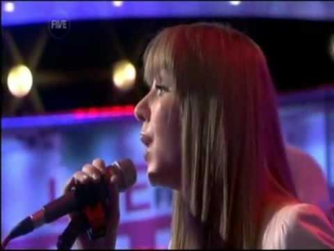 Esmée Denters - Live from Studio 5 01/11/2010