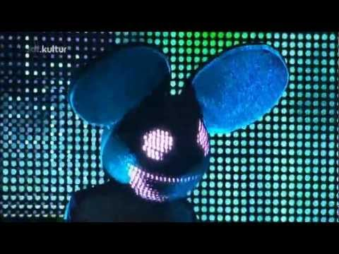 06 - Deadmau5 - Sometimes (Live at Roskilde Festival 09-07-2011)