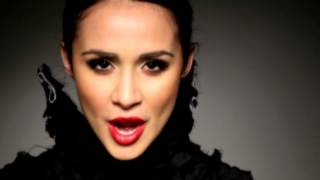 Roshana Hoss - As I Am