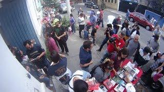 #AMLOMania - Regalo masivo de libros