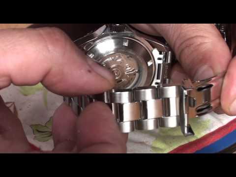 How to Shorten an Invicta Watch Strap
