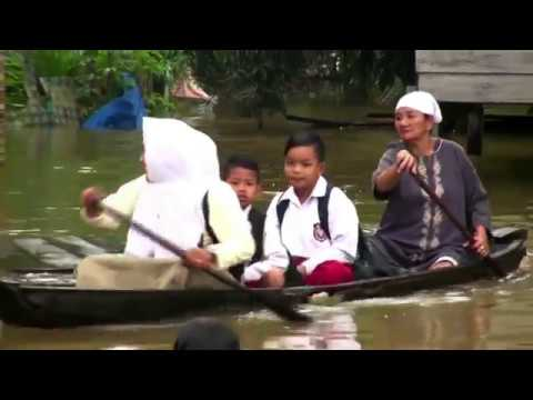 Several Indonesian Regions Inundated by Floods