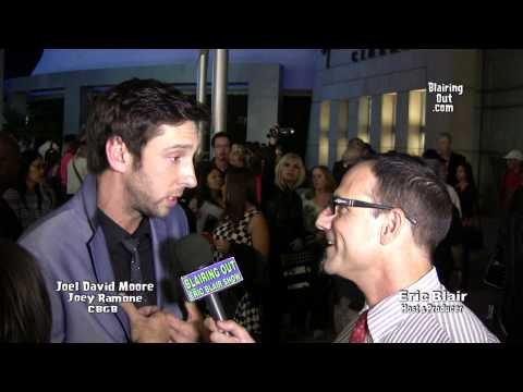Joel David Moore talks w Eric Blair about playing Joey Ramone in the CBGB movie 2013