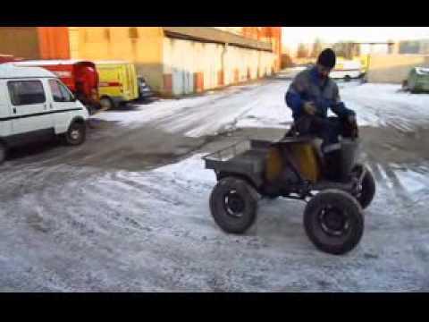 Трактор с реверсивным вариатором