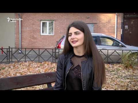 Pur și Simplu: Înstrăinate tinereţi. De ce pleacă tinerii din Republica Moldova
