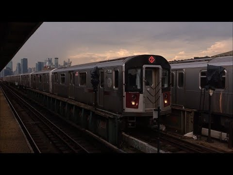 IRT Flushing Line: Manhattan and Flushing bound R188 (7) Lcl/Exp Trains @ 46th Street