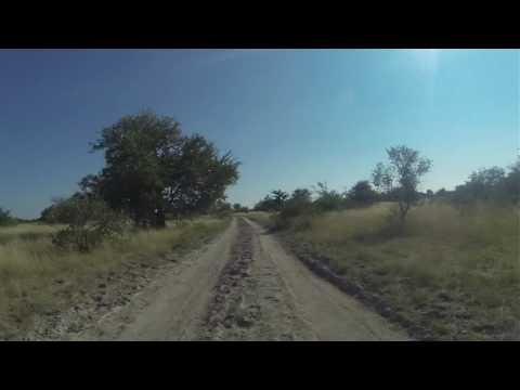Vanuit Ntwetwe pan naar asfalt