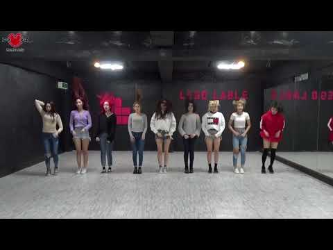 momoland boom boom vs exid are you hungry