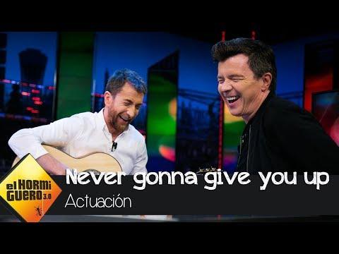 Rick Astley y Pablo Motos versionan 'Never gonna give you up' - El Hormiguero 3.0