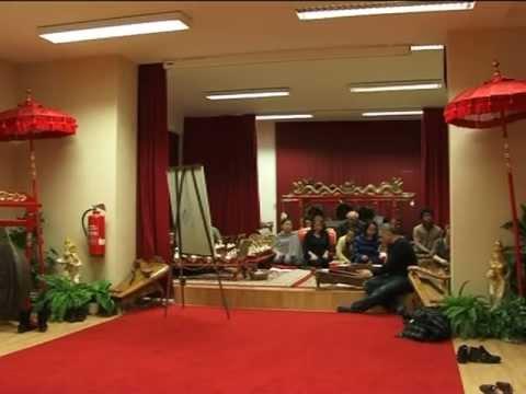 Indonesian Gamelan course in Berlin, Germany