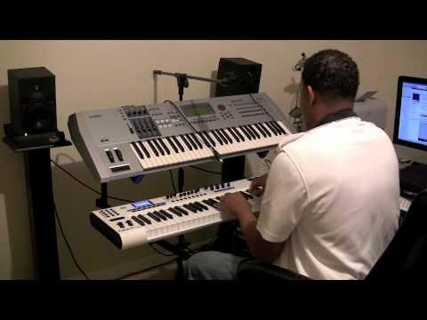 IPad 2 Connected Through MIDI & Apogee One:: Live Backing Tracks GarageBand