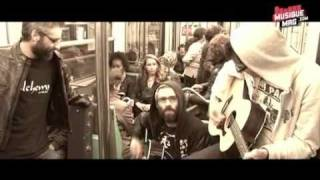 Uncommonmenfrommars - Imaginary Feelings - dans le metro parisien