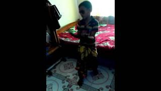 Download Video হায়! হায়! ছোট ছেলে এটা কি করলো?? MP3 3GP MP4