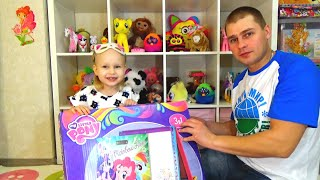 ��� ���� ���� ����� ��� ��������� ���������� My little pony Board for drawing unpacking