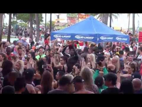 MITANA Flash Mob Miami Gay Pride 2014 The Palace SoBe