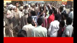 Clash between Police and residents of Ludhiana industrial area over encroachment