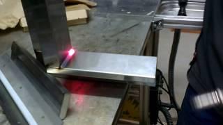 Сварка нержавеющей стали разными способами(На этот раз мы сваривали нержавеющую сталь двумя способами - инверторным полуавтоматом TP 220 и плазменной..., 2014-03-19T07:54:22.000Z)