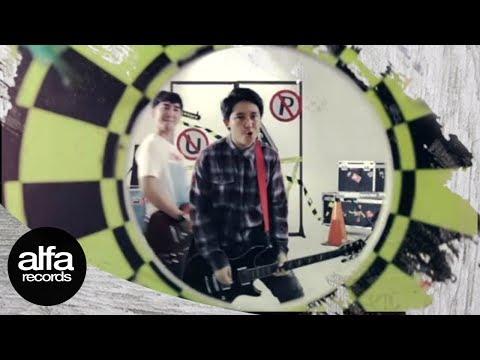 Pee Wee Gaskins - Selama Engkau Hidup [Official Music Video]